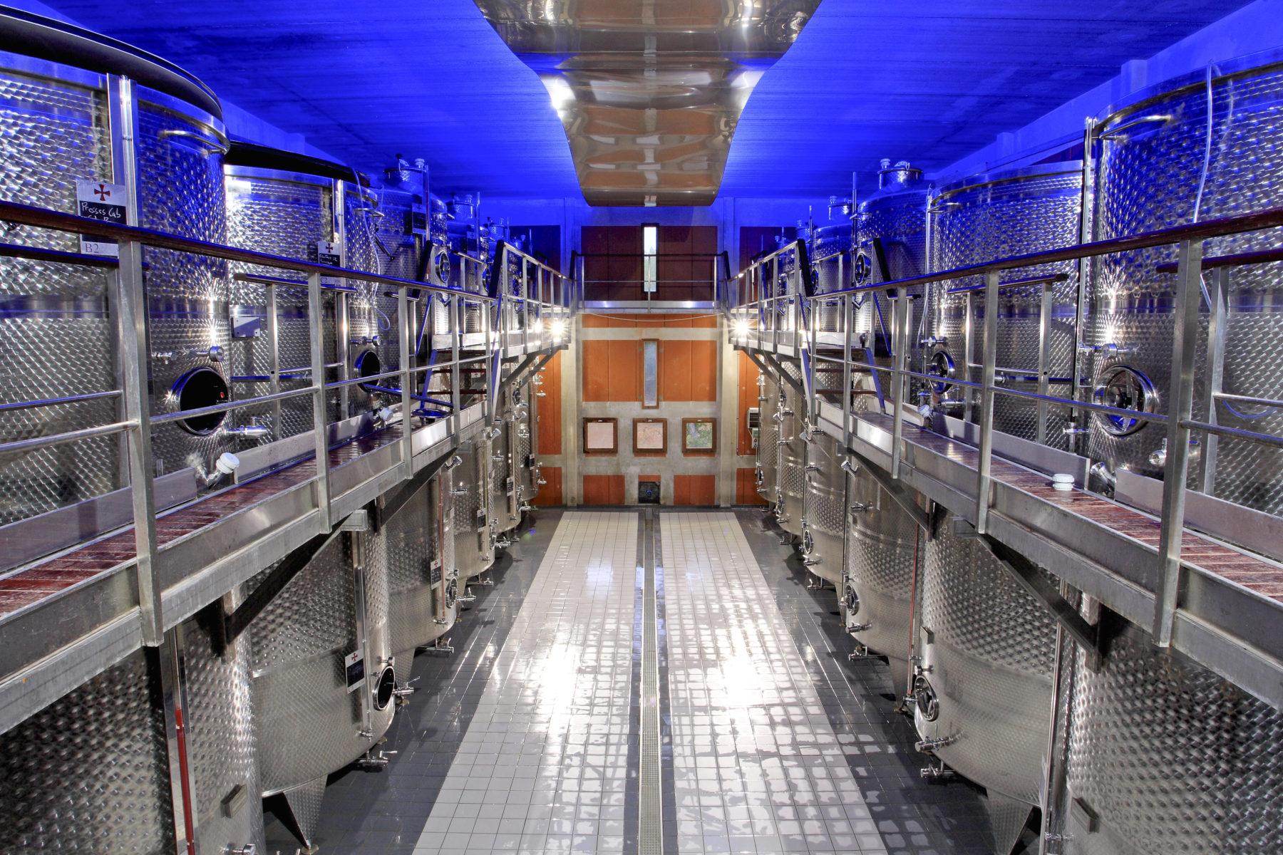 la commanderie de peyrassol la route des vins de provence. Black Bedroom Furniture Sets. Home Design Ideas